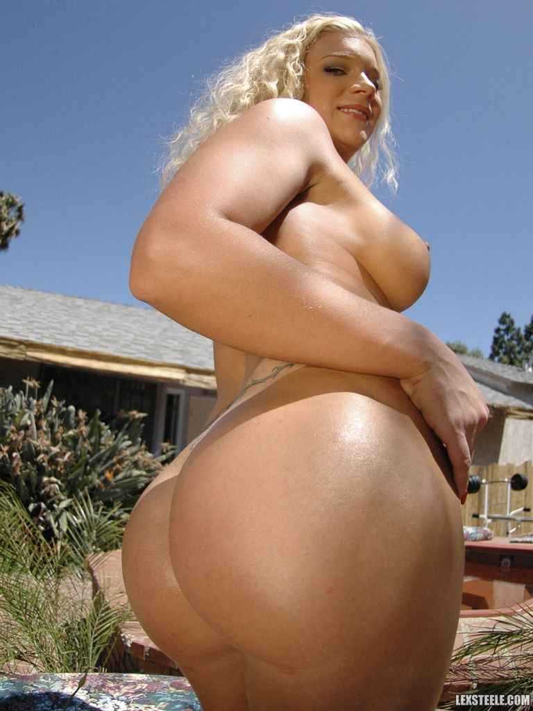 thick big booty white women