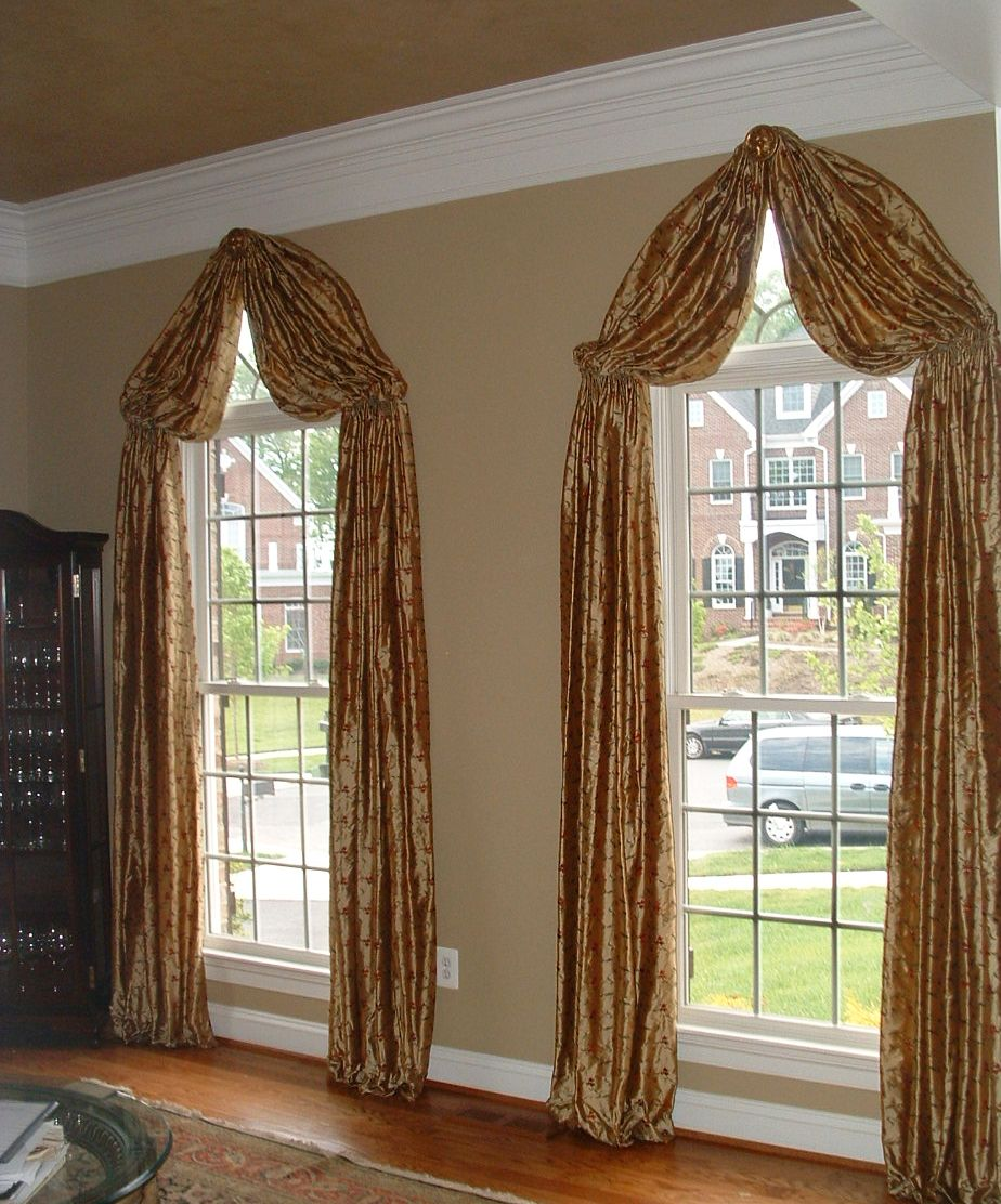 Pin By Liane Gode Meinke On Villa Rica Kulla Curtains For Arched Windows Drapery Styles Curtains
