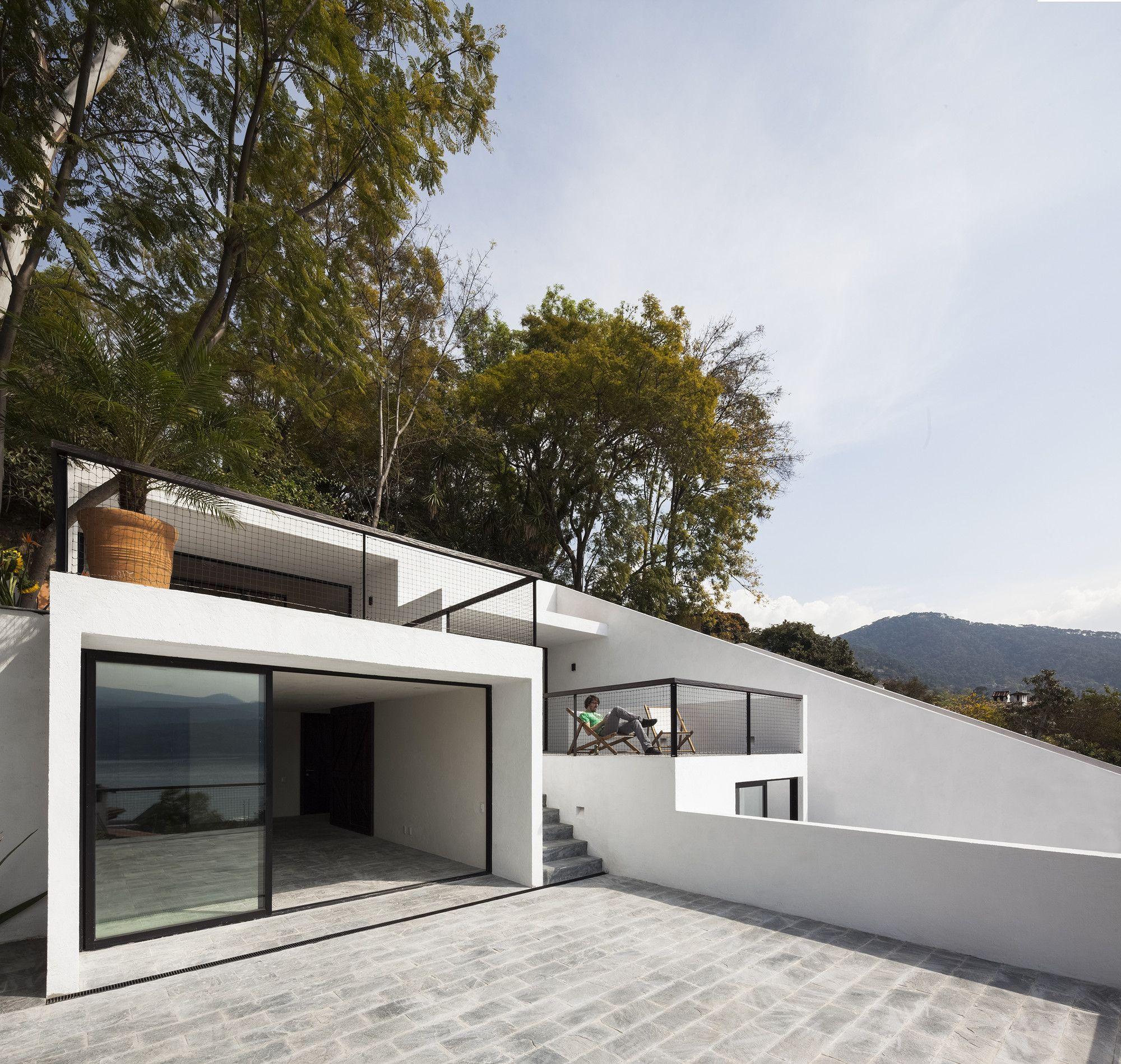 Dellekamp arquitectos casa de escaleras valle de bravo - Escaleras para casa ...