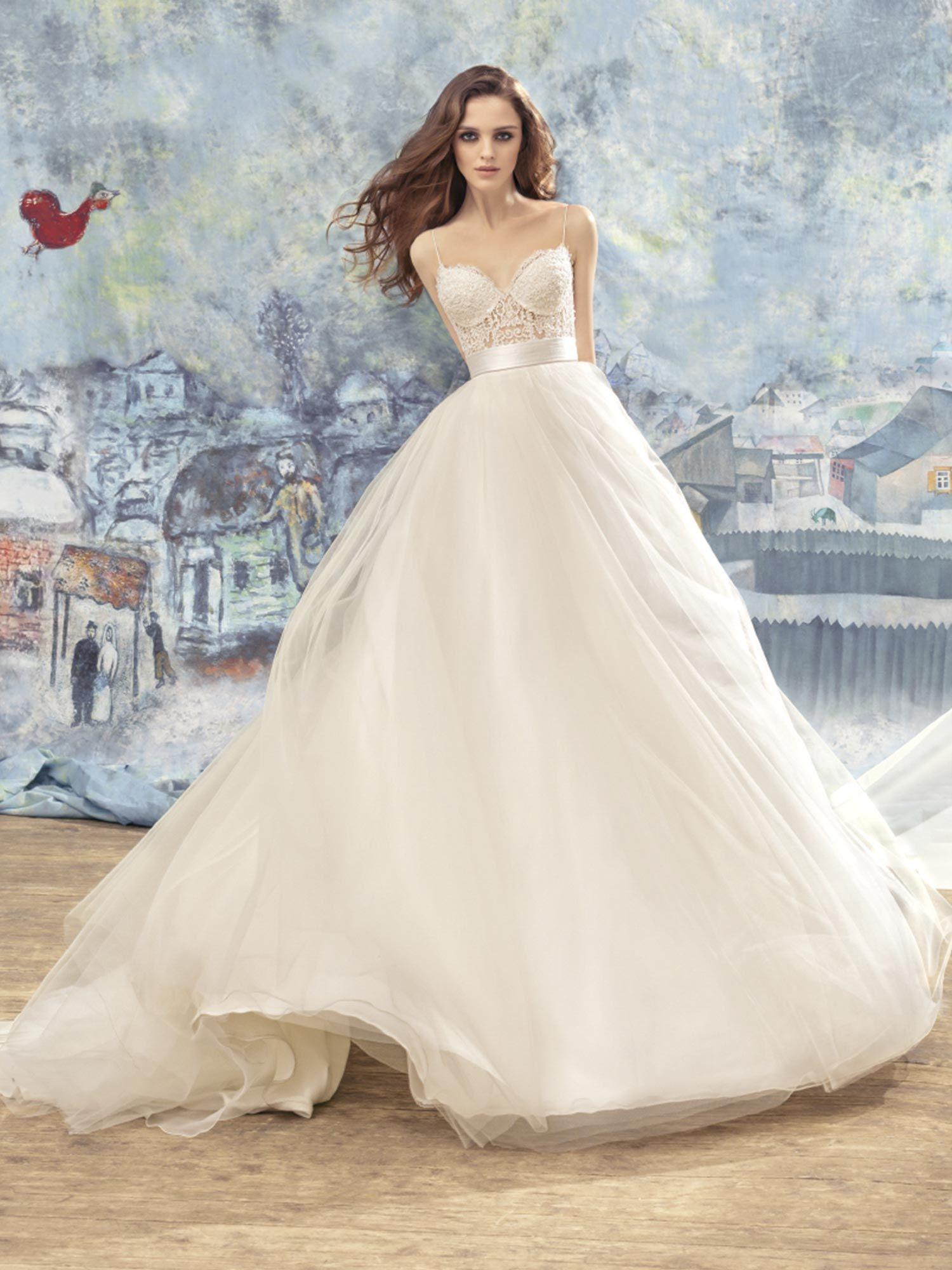 Lace Bustier Bodice Ball Gown Wedding Dress Fantasy Wedding