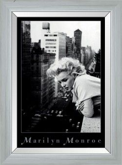 JM868-2 Marilyn Monroe Print by J&M Furniture