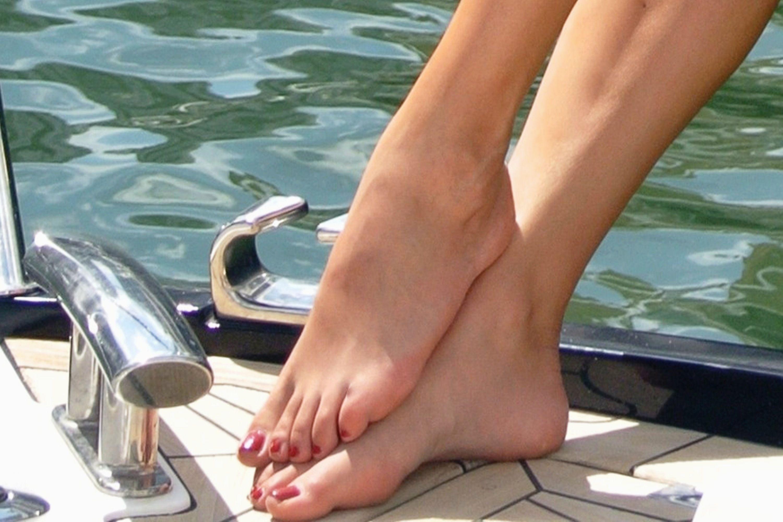 sandra afrika feet