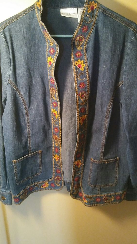 ALFRED DUNNER Embroidered Flowers  Denim Blue Jean Jacket Coat EUC!  14  #AlfredDunner #BasicJacket #AllOccasion