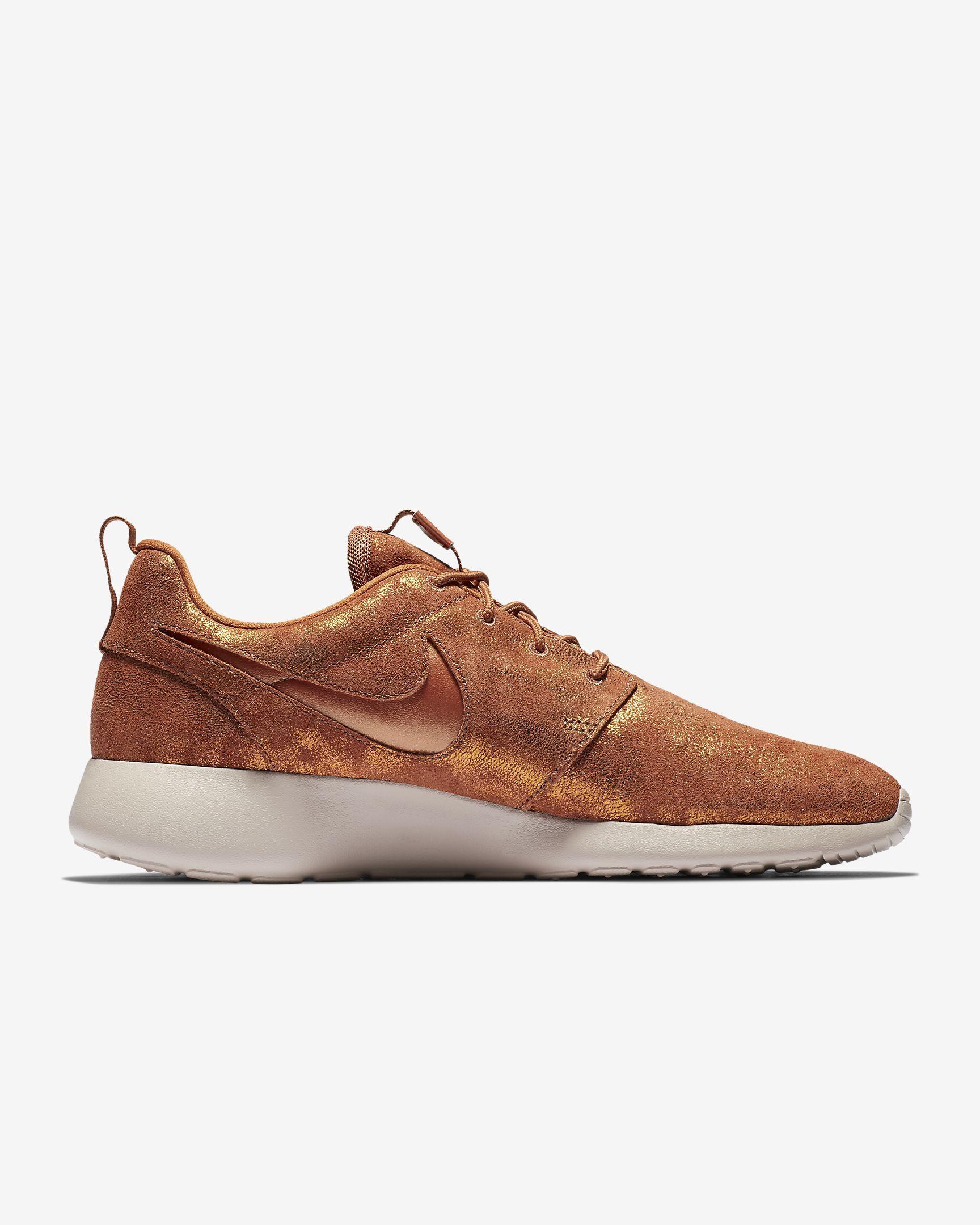 hot sale online 79995 bc277 Nike Roshe One Premium Women s Shoe