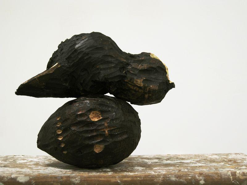 Saari Mansion  - Black bird 2, 2009 (Pine, tar, goldleaf)