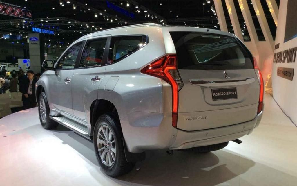 Mitsubishi Pajero 2017 Review, Price and Photos