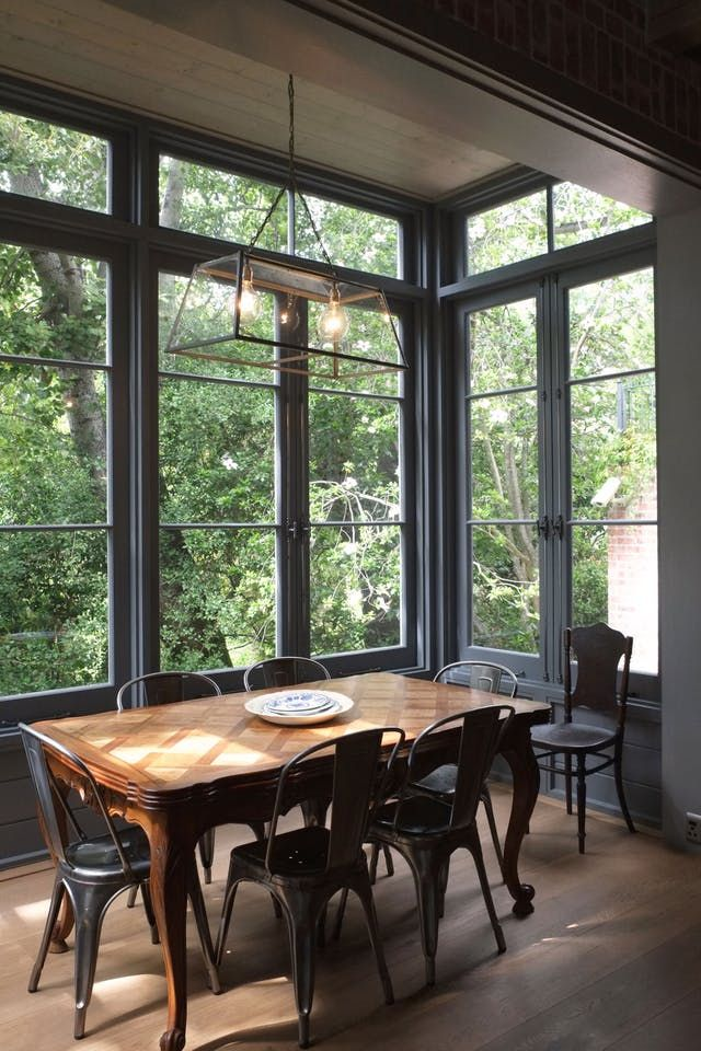 Photo of Bold Design Idea: Paint Your Window Frames to Create Instant Appeal