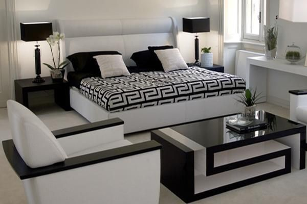 Love Black And White Versace Home Luxury Furniture Collection - Creative and soft sofa for real fashionistas by versace