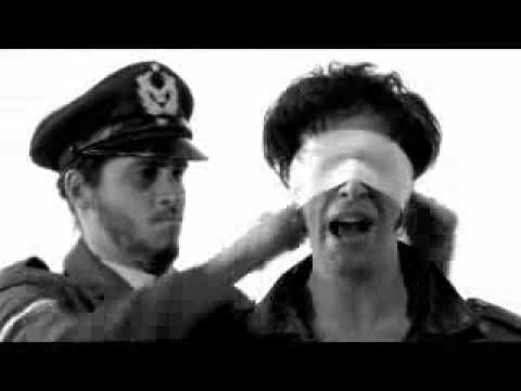 Adanowsky - « Estoy Mal »