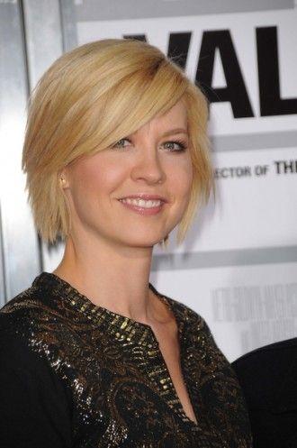 Jenna Elfman Shorter Hair