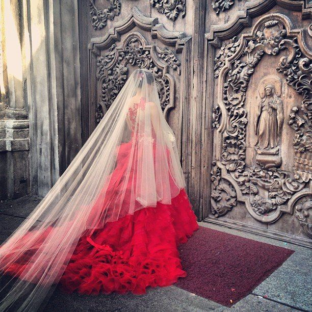 Vibrant red wedding dress, to die for https://www.facebook.com/greenweddingbarn#