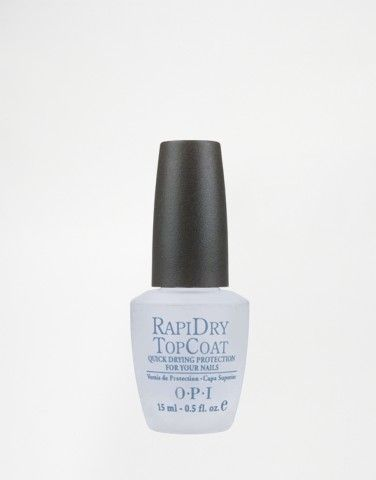Save time while keeping your nails look fresh with the O.P.I Rapidry Top Coat.