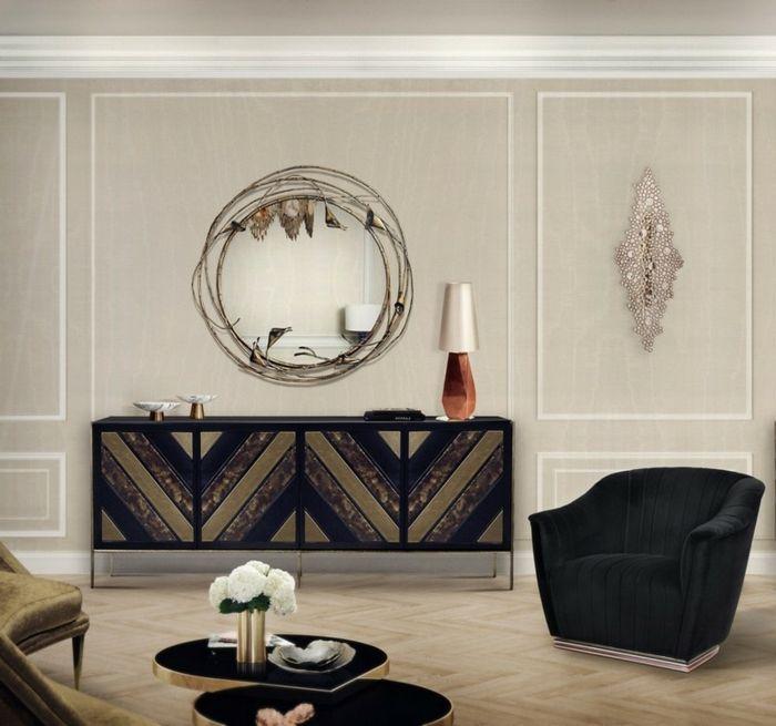 Wohnwand selber zusammenstellen, ein Spiegel mit originellem Rahmen
