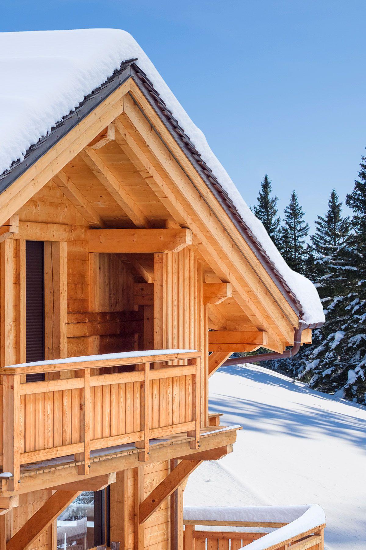 Proteger Votre Chalet En Bois Avant L Hiver Lasure Climats Extremes V33 Lasure Chalet Bois