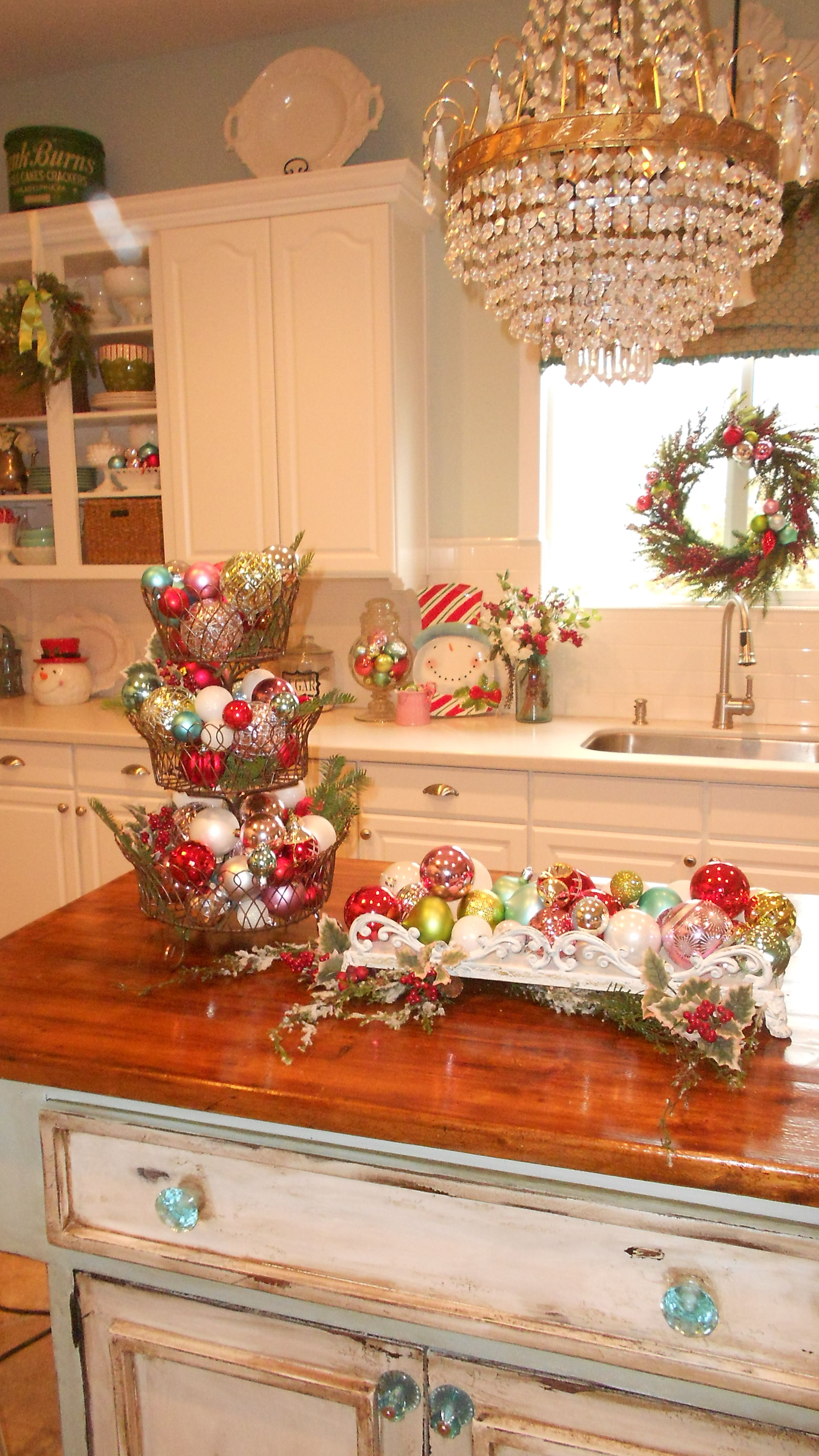 Christmas Decorations Ideas For Kitchen Christmas Decorations