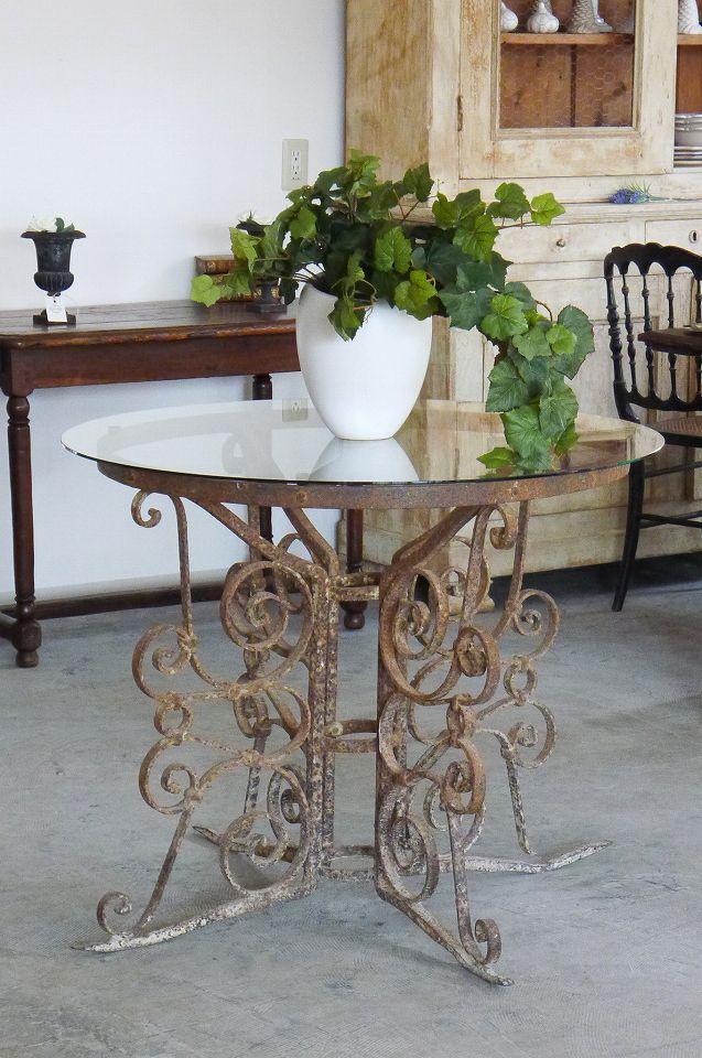 """アンティーク アイアンのゲリドンテーブル(ガラストップ)  French Antique Glass Top """"Guéridon"""" Table"""
