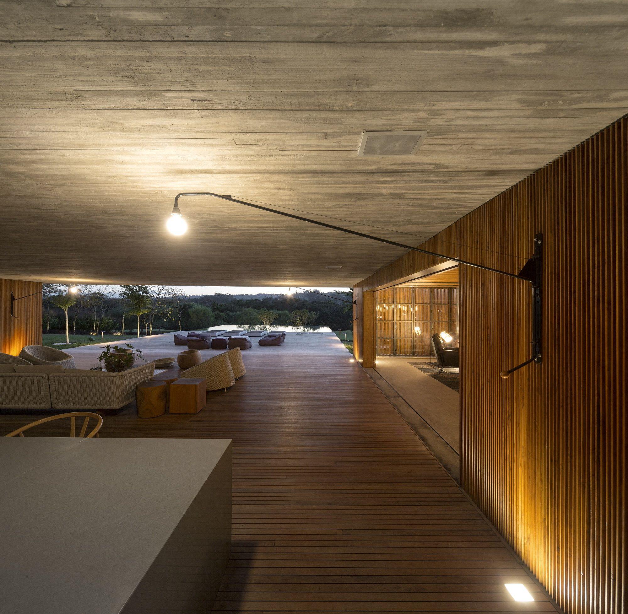 Galeria de MM House / Studio MK27 Marcio Kogan + Maria