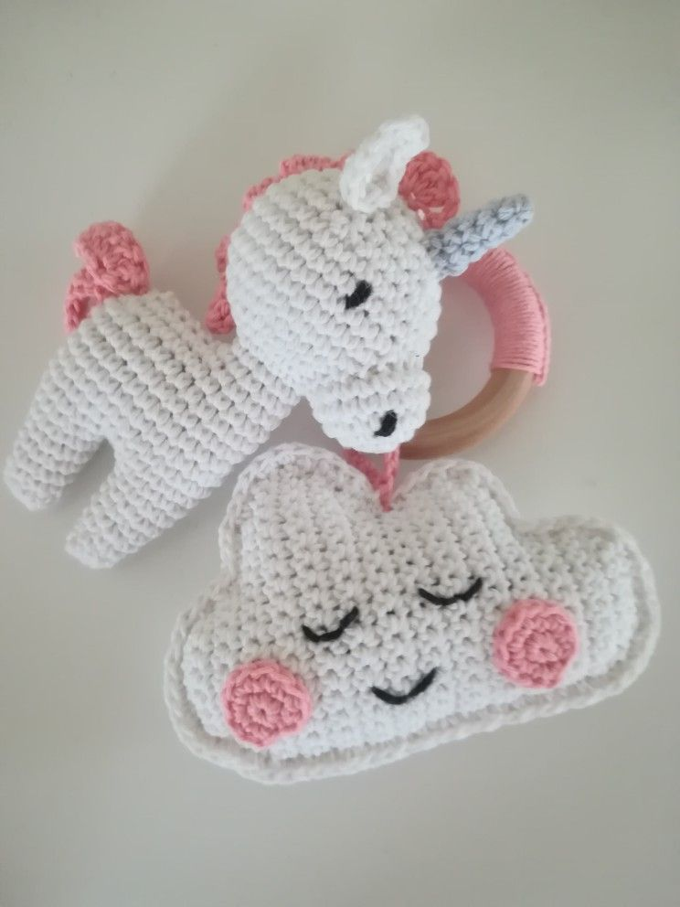 Pin de DH en Crochet . | Pinterest | Unicornios, Bebé y Llaveros