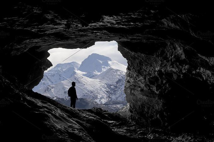 Alone mountaineer | Mountains, Travel photography ...