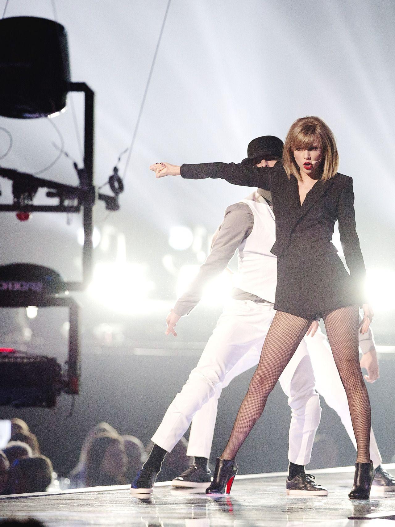mybfftaylorswift | Taylor swift concert, Taylor swift now ...