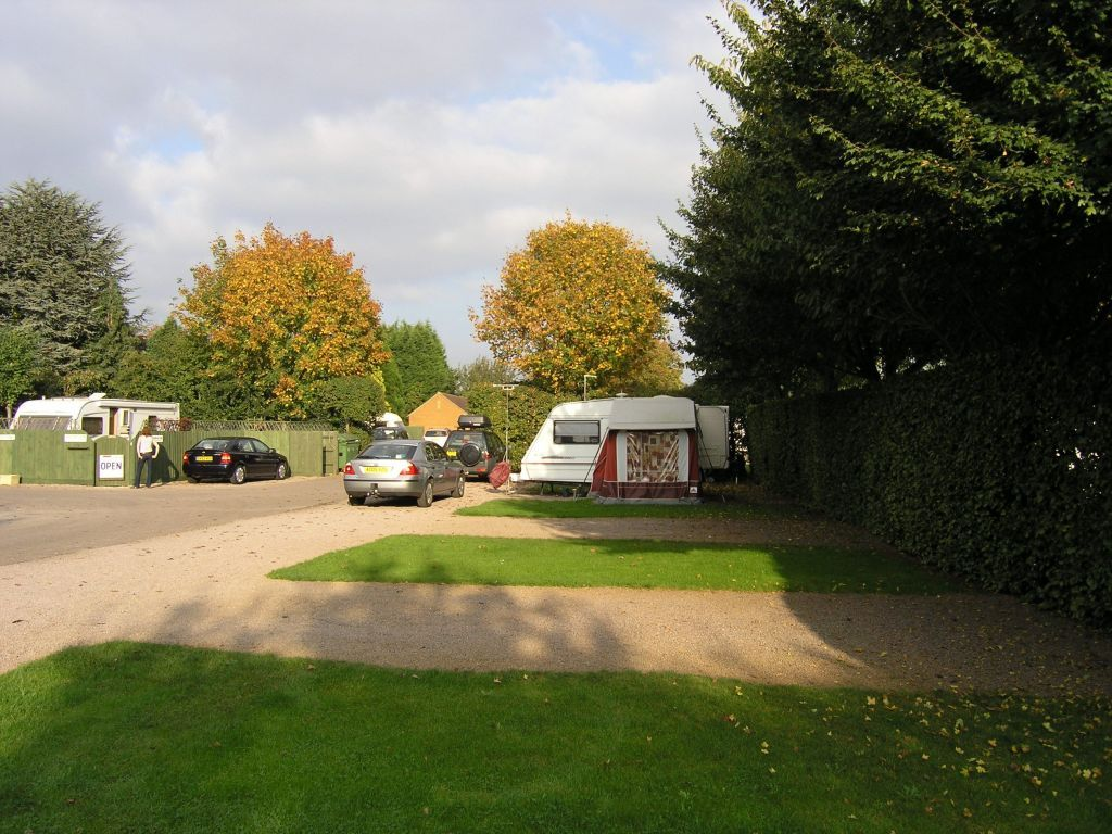 https//www.campingdirectory.uk Barnstones Caravan Site