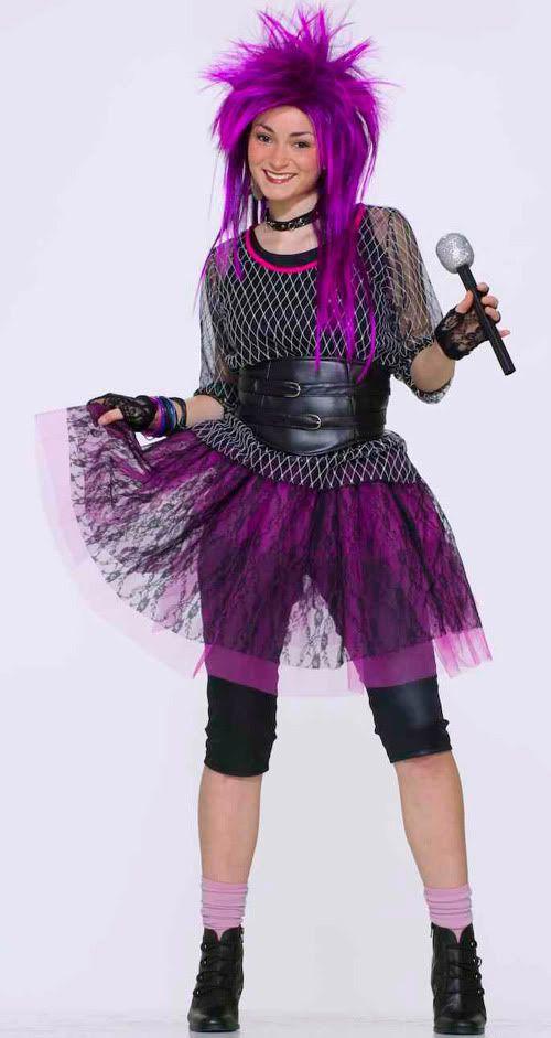 gorgeous korean pop star outfit 15