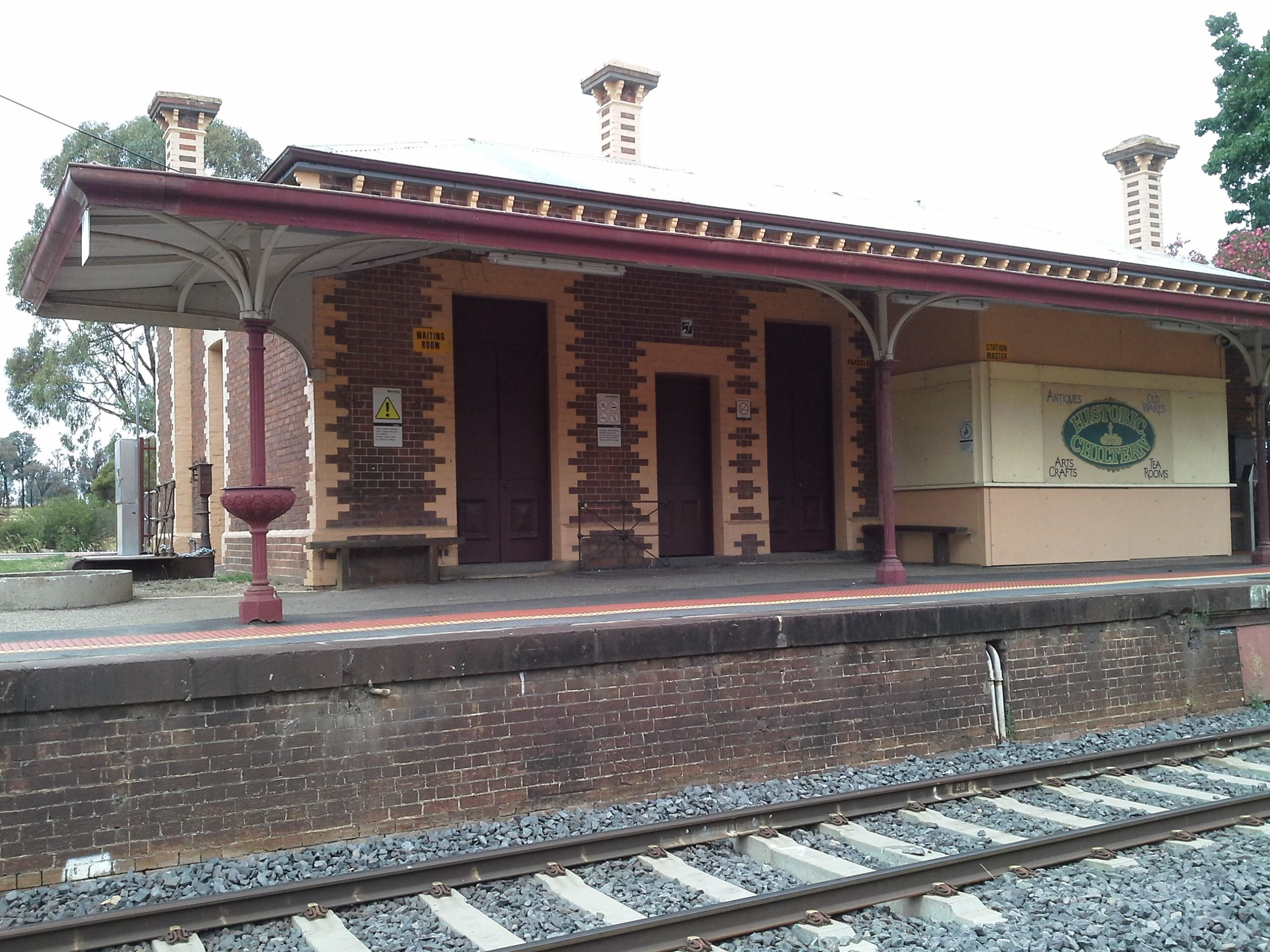 Chiltern Railway Stn Still In Use