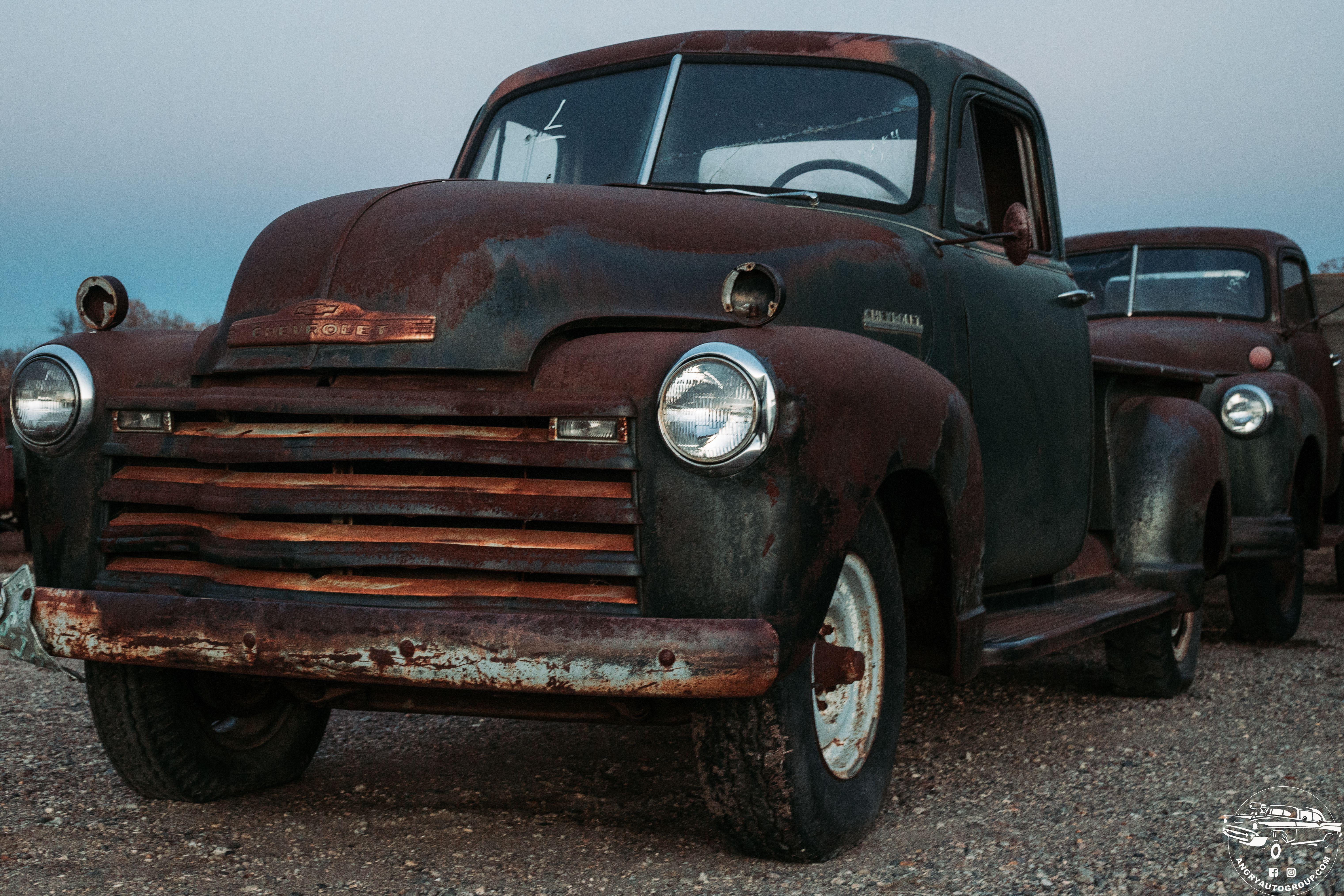 1940s Chevrolet Trucks Chevrolet Trucks Classic Cars Vintage Trucks