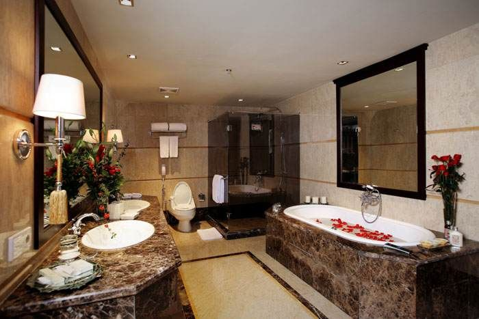 Royals Bathroom Jakarta Hotels Royal Bathroom Bathroom Corner Bathtub