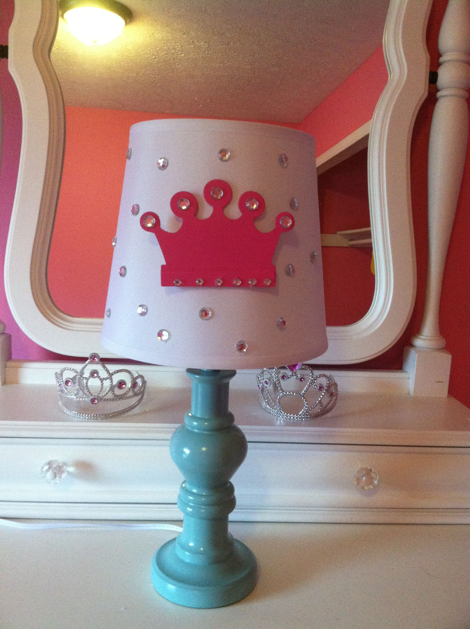 DIY princess lamp for little girls room! Materials needed : hot ... for Little Girl With Lamp  197uhy