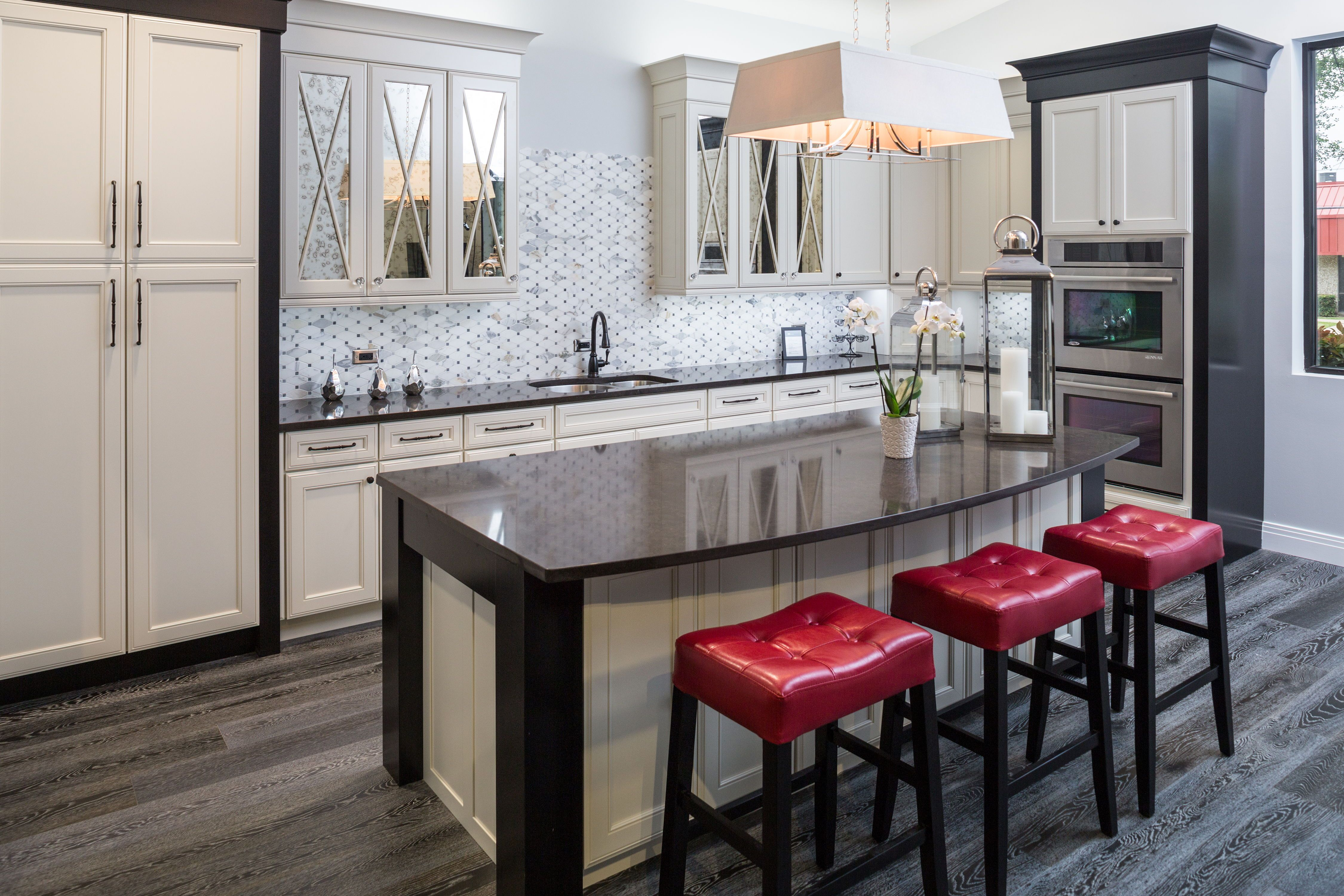 Traditional Two Tone Kitchen Bmc Design Center Home Design Magazines Cabinets And Countertops Kitchen Room