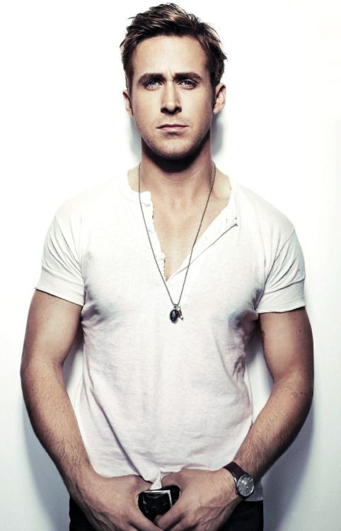 Ryan Gosling Hey Girl Wallpaper The Name Is Gosling Ryan Gosling The Power Of A Henley