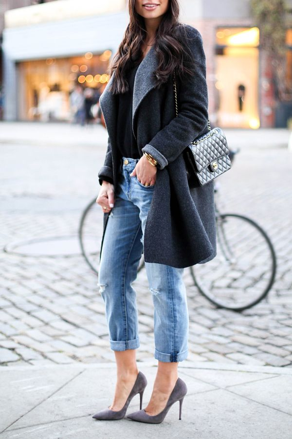 c3267e273a0a Kat Tanita of With Love From Kat wears Current Elliott boyfriend jeans