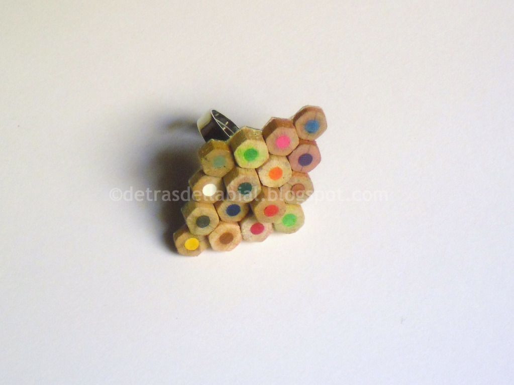 Detrás del Labial: DIY --- Pencil ring