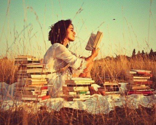 """Book Hangover в переводе с английского означает """"книжное ..."""
