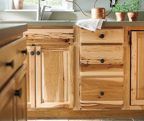 Denver Hickory Cabinets These Have A Lot More Character Than Ours