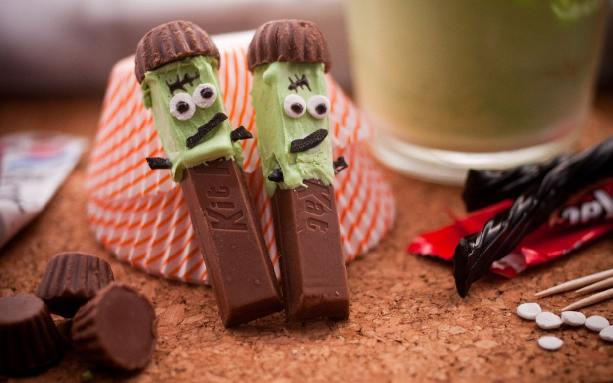 Frankenstein Kit Kats! Get creative with these creatures, but be careful -- these Franken-men are irresistibly delicious.