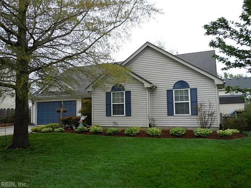 672 Oak Grove Rd Chesapeake Va 23320 With Images Mls Real Estate Real Estate Listings Real Estate