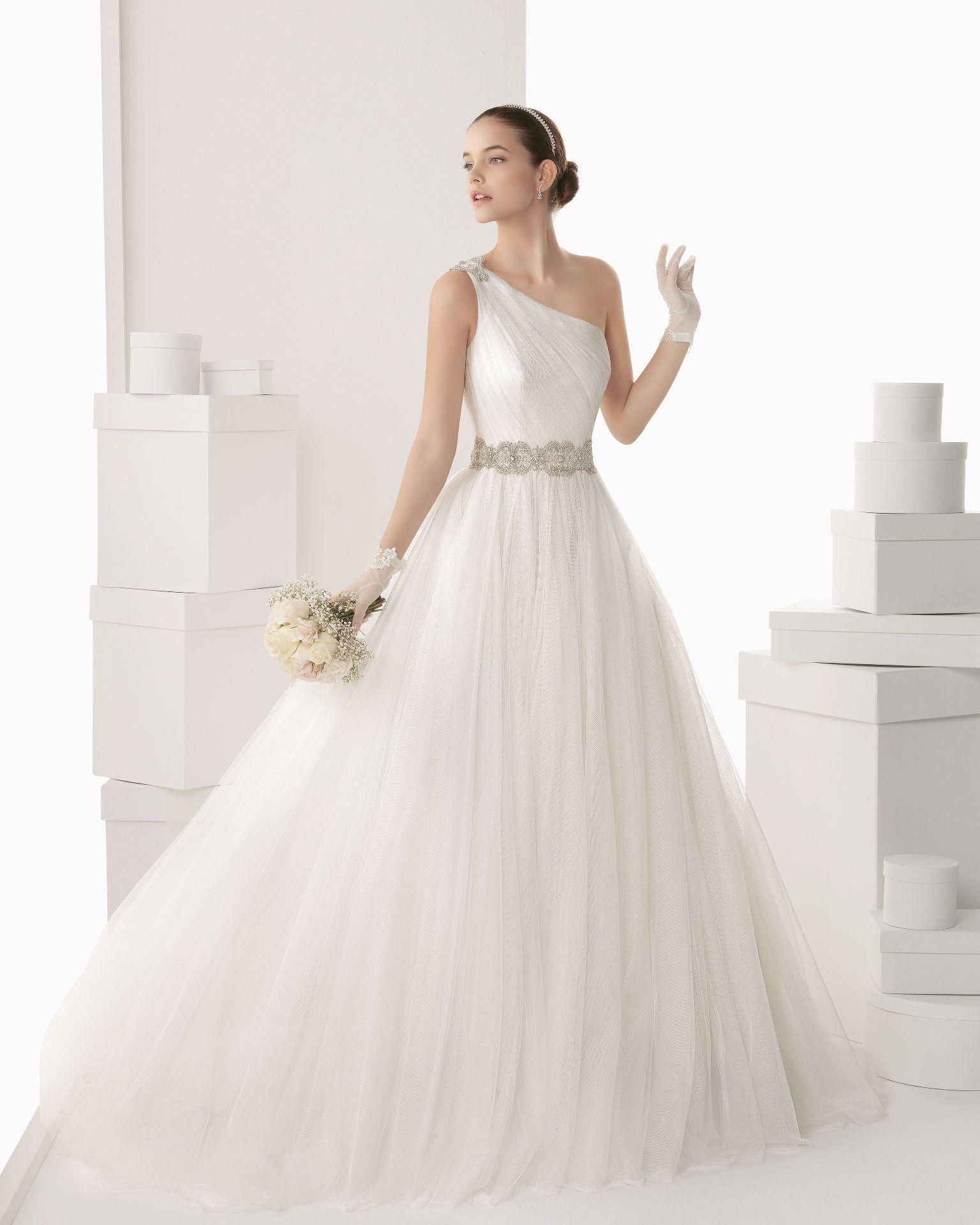 Beautiful Tulle One Shoulder Chapel Train Ball Gown Wedding Dress Wro