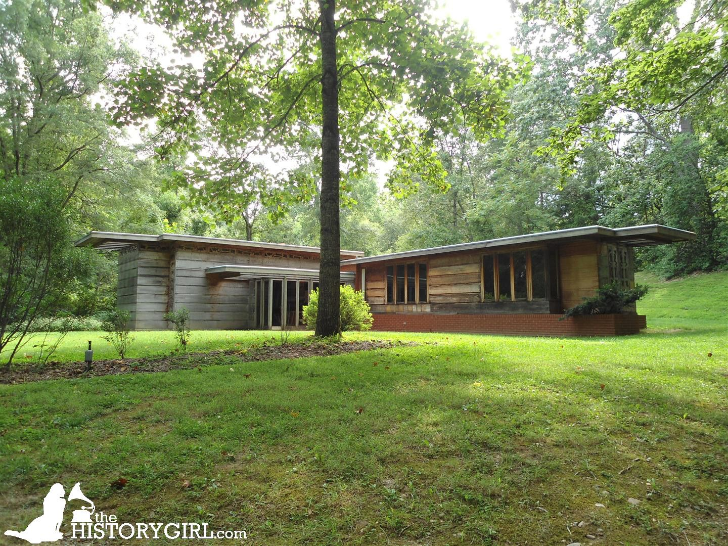 Built In 1950s Homes In Northern Va - The pope leighey house designed by frank lloyd wright and built in 1941 in falls church va for loren and charlotte pope the popes sold it to robert and