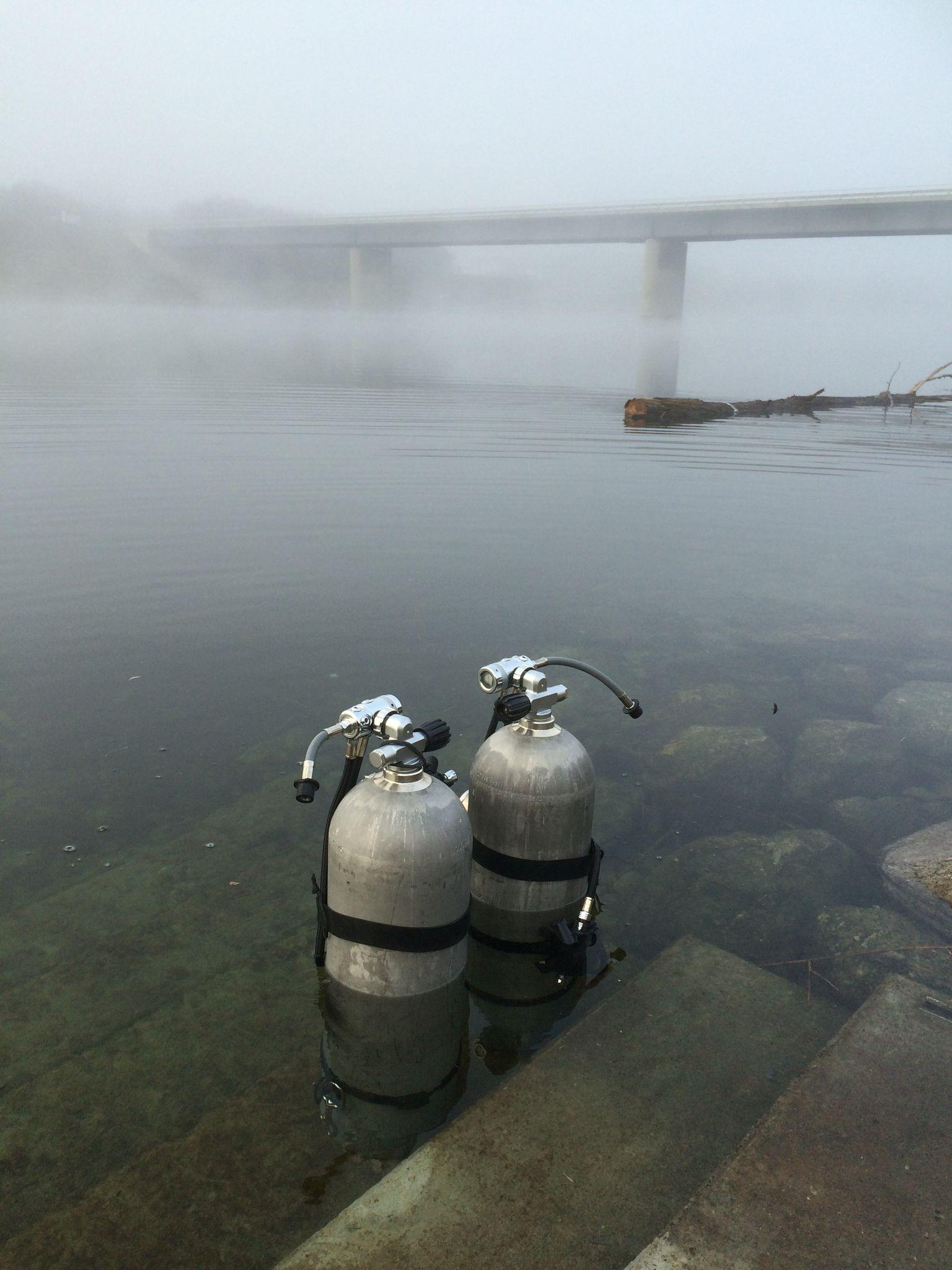 ...zur Abwechslung mal wieder an der Steinsporn-Brücke bei guter Sicht und die Wassertemperatur bei angenehmen 6 Grad Celsius