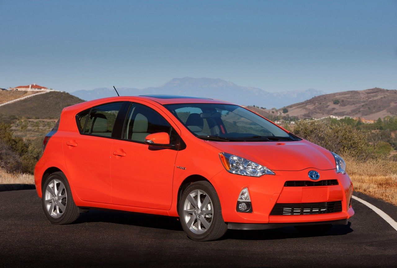 Toyota Prius C Malaysia Specification | Prius c | Pinterest ...