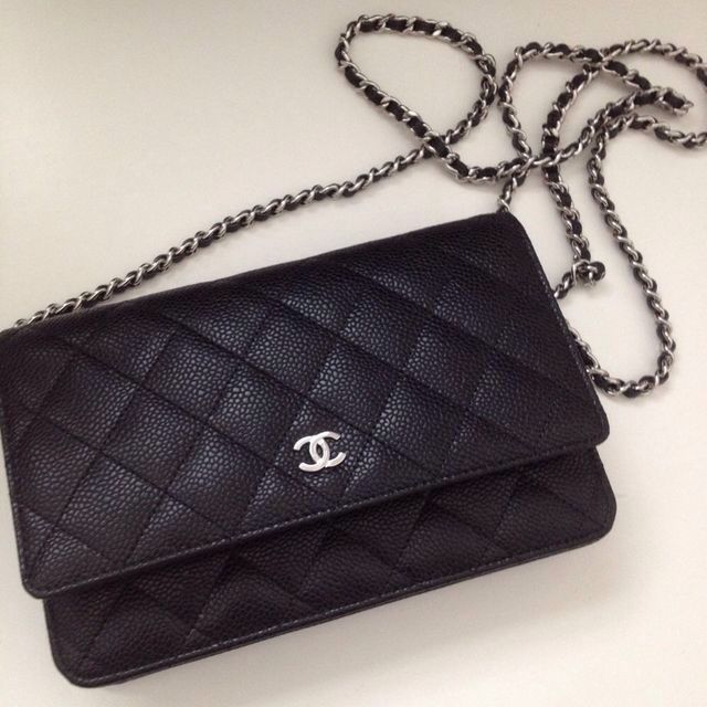 e3665ccb683b Channel quilted small leather bag | Chanel pour moi | Chanel wallet ...