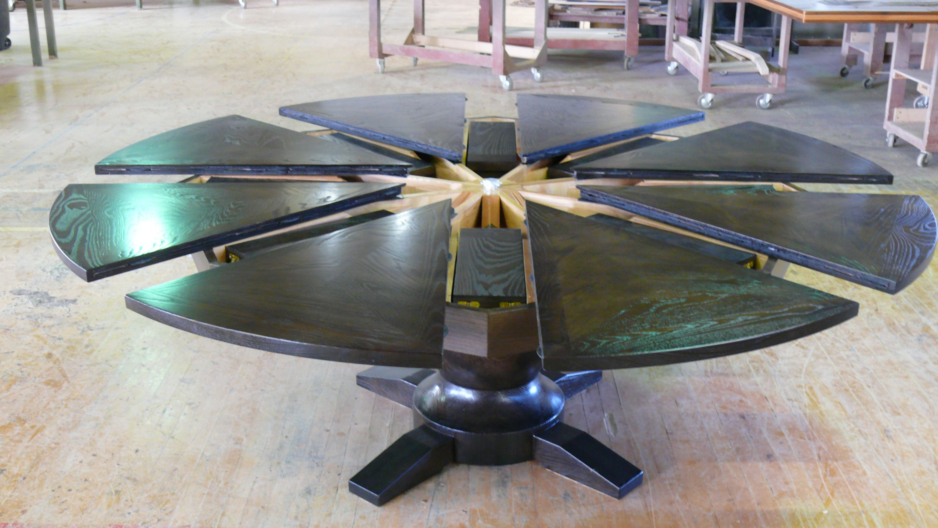 Expandable Round Table By Western Heritage Furniture Flexible Furniture Expanding Round Table Extendable Dining Table