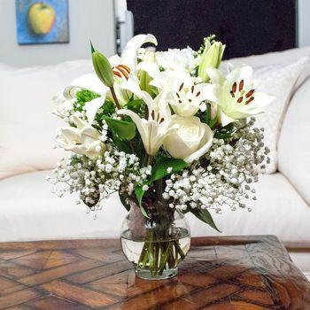 Costco White Mountain Bouquet Flower Bouquet Wedding Wedding Flower Arrangements Wedding Flowers