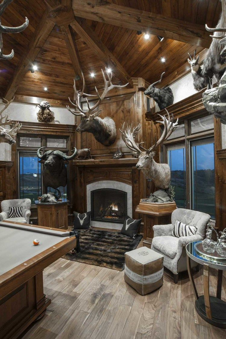 Pin By Snipe On Trophy Room Trophy Rooms Hunting Cabin