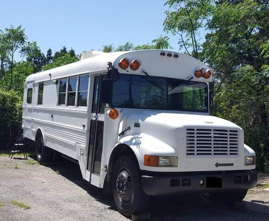 """""""Skoolie"""" school bus motorhome conversion 15000"""