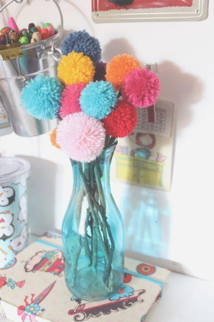 Arranjo de flores pompom + o segredo do pompom perfeito  42f3bb1bd53