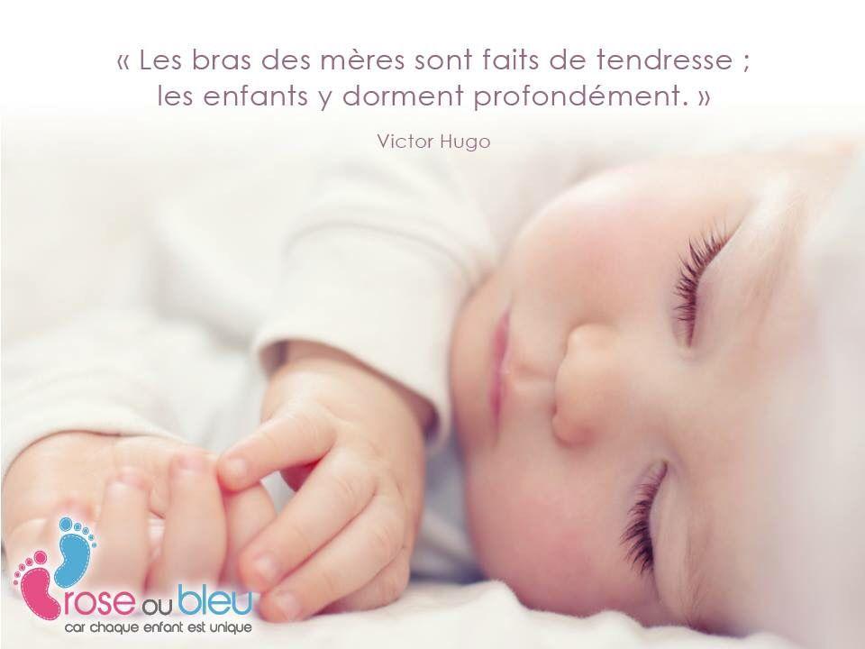 Les bras des mères sont faits de tendresse #citation #bebe