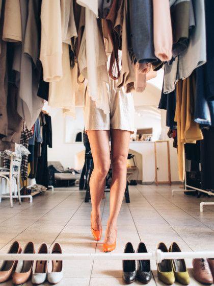 Inspirational Mit nur ein Paar hilfreichen Tipps kannst du dein Chaos im Kleiderschrank in wahre Ordnung verwandeln